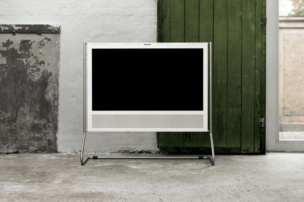 B TV http://hypebeast.com/2012/04/bang-and-olufsen-beoplay-v1-tv/