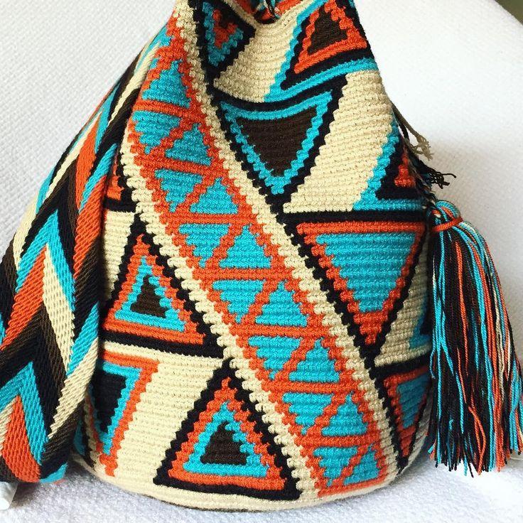 33 отметок «Нравится», 1 комментариев — Authentic Wayuu Mochilas  (@lombia_and_co) в Instagram: «Wholesale & Retail SHOP the full collection LINK in Profile Bio Message me on IG, Whatsapp +57…»