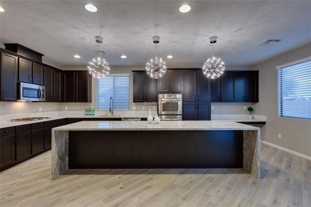 12115 Highland Vista Way, Las Vegas, NV 89138 - Recently Sold Homes & Sold Properties - realtor.com®