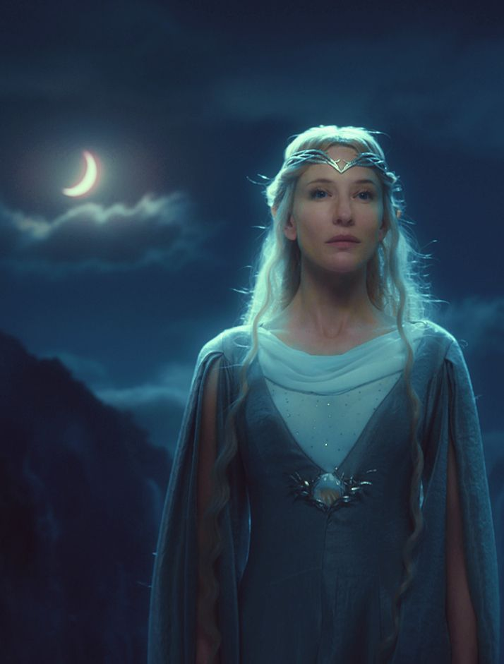 Galadriel <3 It was awesome to see her in clothing that wasn't white, and she was gorgeous all the same.