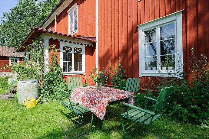 Bilder, Trädgård, Husfasad, Gräsmatta, Utemöbler - Hemnet Inspiration