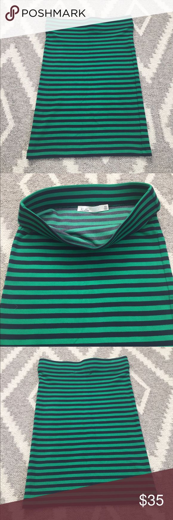 Madewell Striped Skirt Green and navy striped pull-on skirt perfect for spring layers and easing into warm temperatures! Worn only twice - in great condition! Madewell Skirts Mini