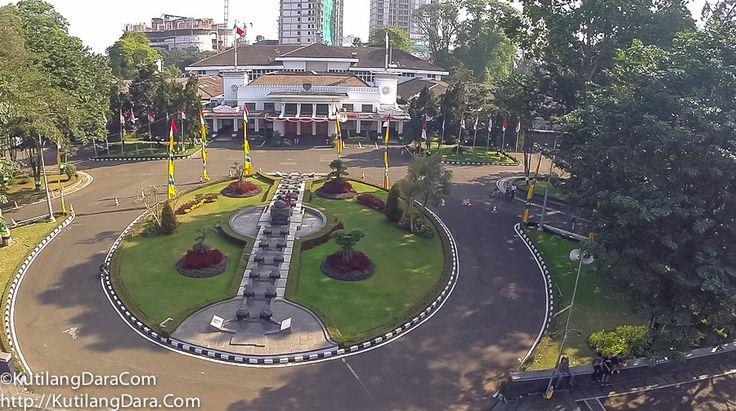 Balai Kota Bandung - Agustus 2014