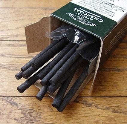 Winsor & Newton Artists' Charcoal vine extra soft box of 12