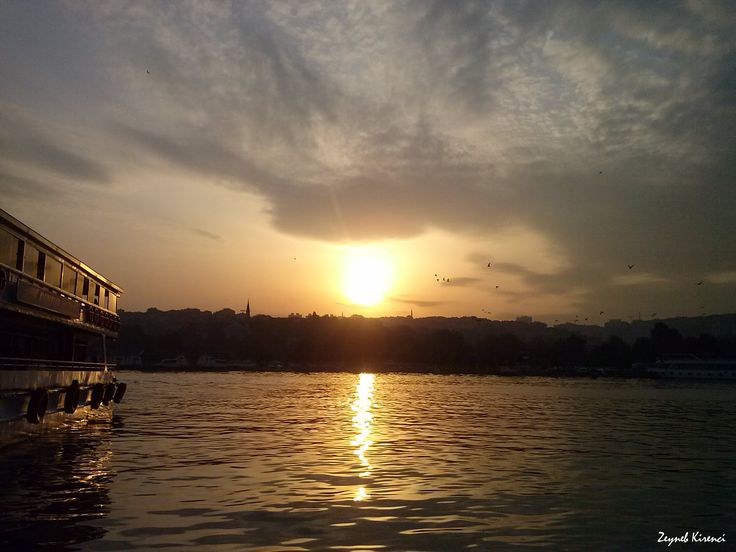 Sütlüce, Istanbul (October 2015). #sunset #sutluce #beyoglu #istanbul #ship