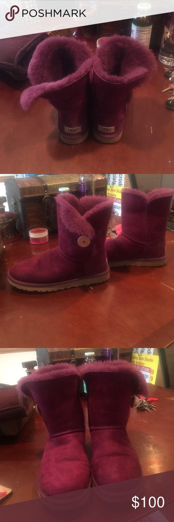 Purple ankle Uggs size 8 . Pretty much new Purple Uggs size 8 . Pretty much new . Great condition UGG Shoes Ankle Boots & Booties
