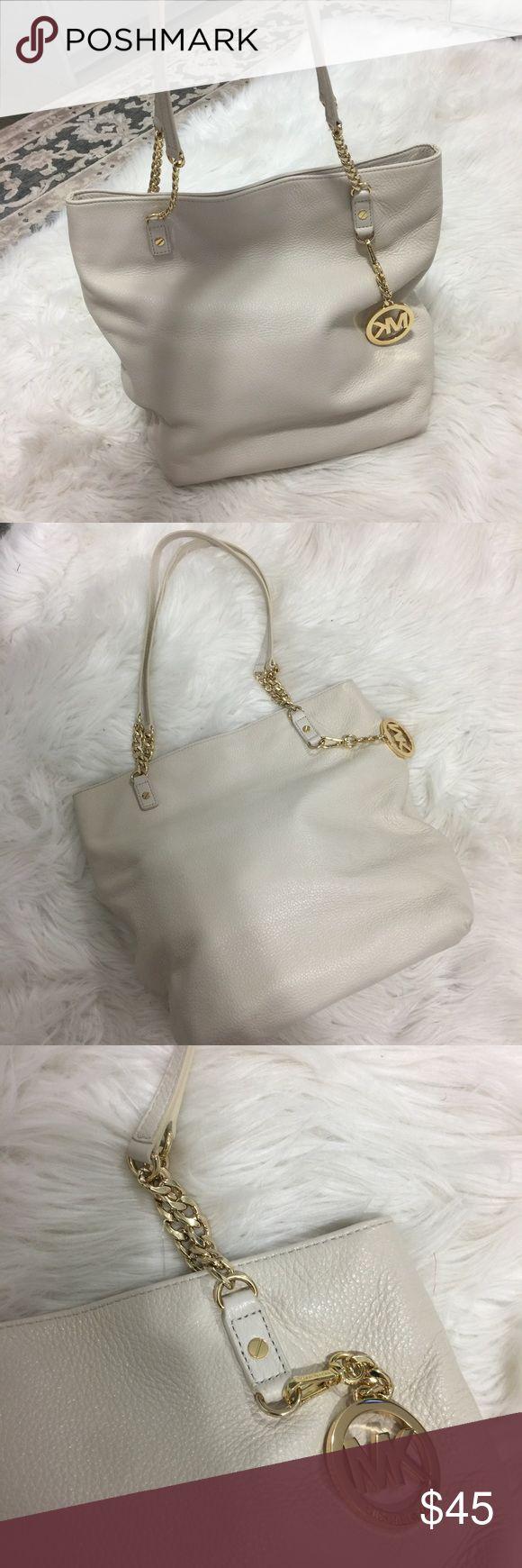 Michael Kors cream shoulder bag gold hardware Michael Kors cream leather shoulder bag with gold hardware - super soft - excellent condition KORS Michael Kors Bags Shoulder Bags