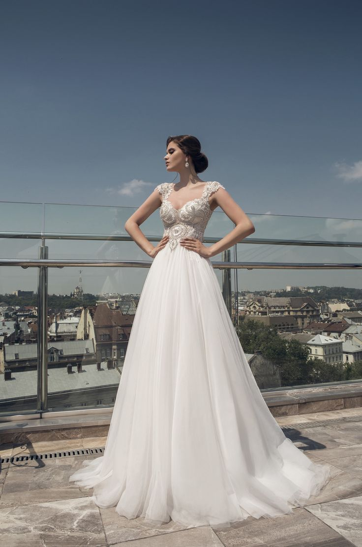 deLux Collection Weddding Dress Maxima Bridal  67.16