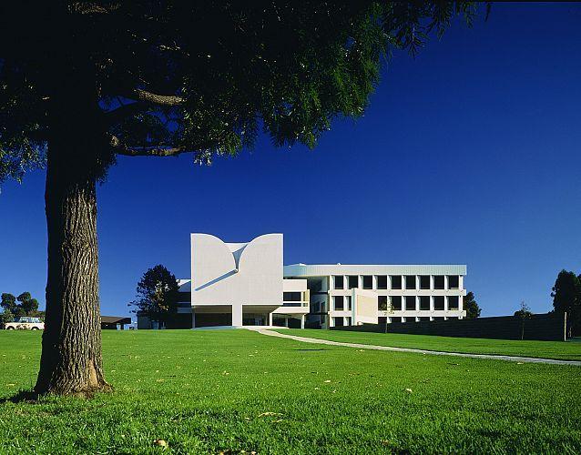 Waverley Civic Centre (now Monash City Council) - Harry Seidler
