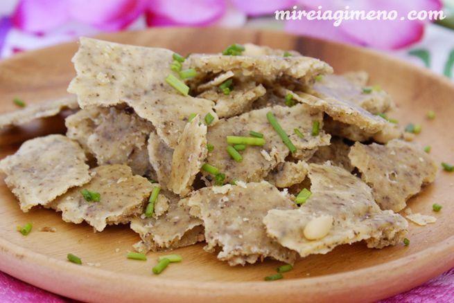 Queso parmesano de almendras y ajo http://www.mireiagimeno.com/recetas/queso-parmesano-de-almendras-y-ajo