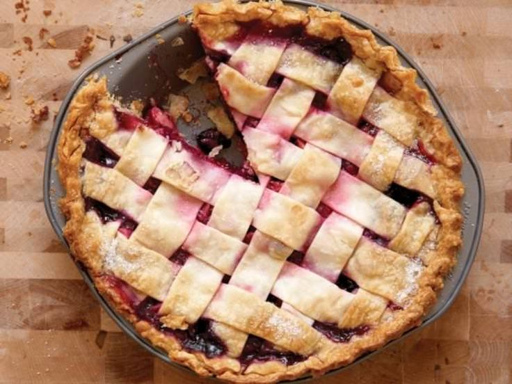 Amish Classic - Bumbleberry Pie and Easy Crust