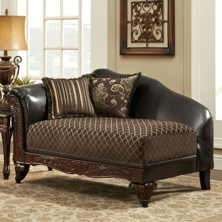Traditional Leather Chaise Lounge Chairs