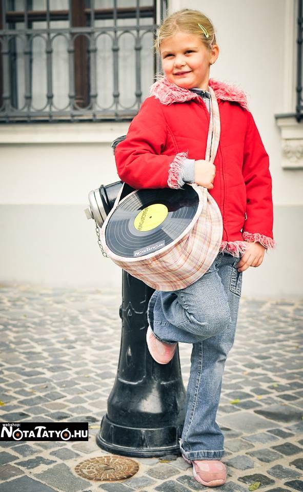 A kicsiknek is jól áll! www.notatatyo.hu #fashion #design