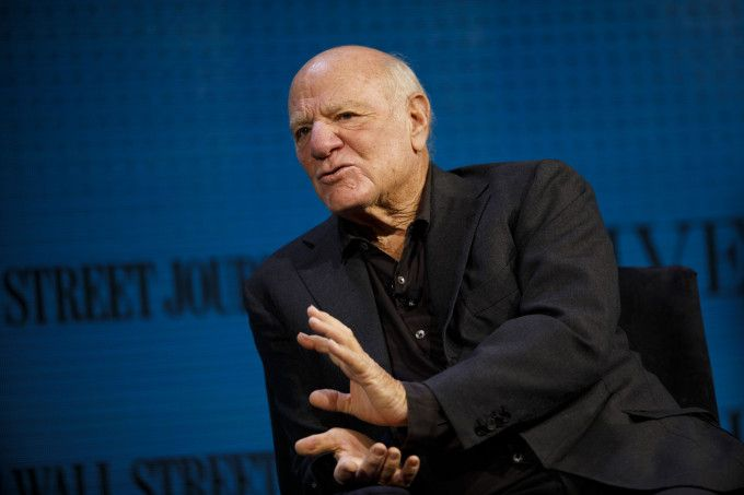 Barry Diller takes shots at VCs startup valuations