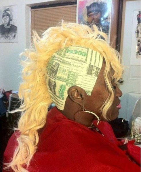 dollar dollar bill ya'll: Funnies Hairstyles, Make Money, Hairs Weaving, Funnies Pictures, Dollar Bill, Hairs Styles, Wtf, Photo, Crazy Hairs
