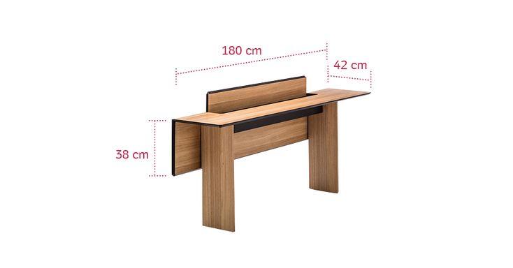 Tem uma sala de jantar pequena? A dica é escolher uma mesa retrátil como esta da…