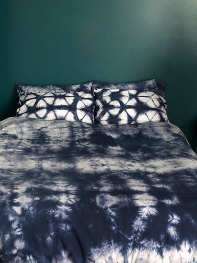 25 best ideas about tie dye bedroom on pinterest tie. Black Bedroom Furniture Sets. Home Design Ideas