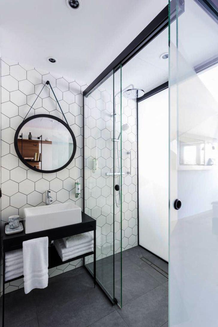 Modern Style Bath Wall Mount Towel Holder And Robe Hook By Comfify White Bathroom Tiles Minimalist Bathroom Bathroom Design