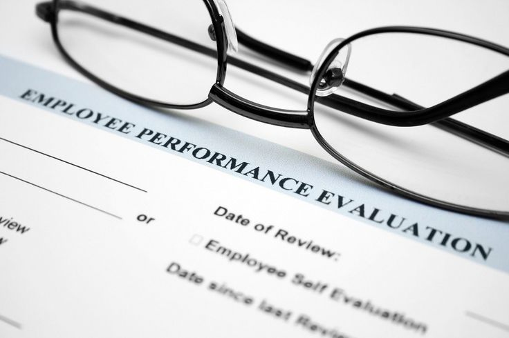 Four Steps to A Better Performance Review - People Development - conduct employee evaluations