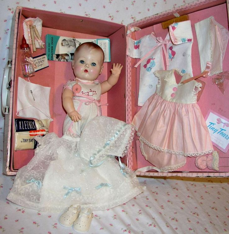 """Tiny Tears Doll 1950S   13.5"""" Molded Hair 1950s Tiny Tears Doll in Case with Layette - Lovely ..."""