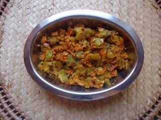 AISHU KITCHEN: Ridge gourd (peerkangai ) poriyal
