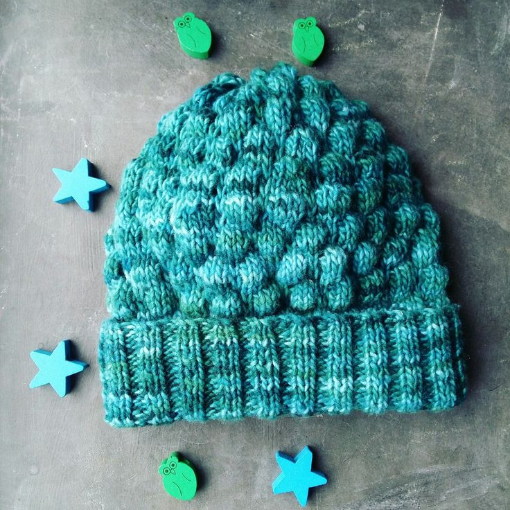 My bubble stitch knitted hat made of Malabrigo yarn. So soft, tender and cosy!