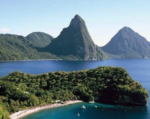 Isla Santa Lucía - Mar Caribe