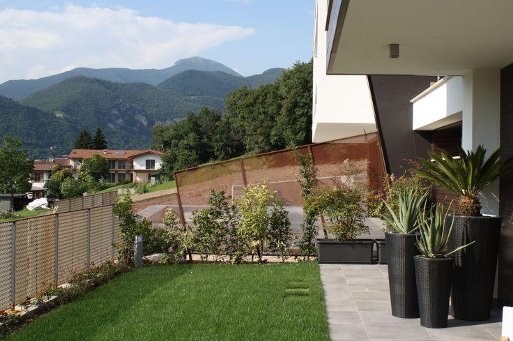 Particolare del giardino - villa bifamiliare a Paratico