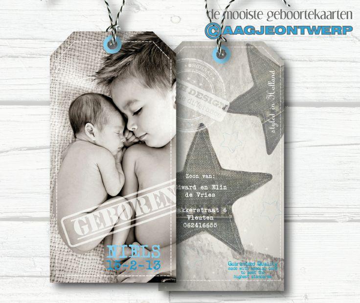 birth announcement label card, geboortekaart label met foot, stoer.