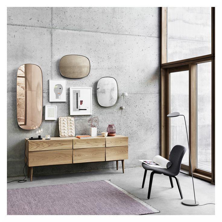 Hallo ihr Lieben, wir wünschen euch einen guten Start in die Woche!  Am heutigen Produktmontag möchten wir euch den Framed Spiegel Large von Muuto nicht vorenthalten. Gefällt er euch auch so gut, wie uns?  Weitere tolle Spiegel findet ihr im Flinders Webshop.