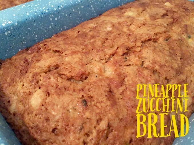 Pineapple Zucchini Bread http://www.momspantrykitchen.com ...
