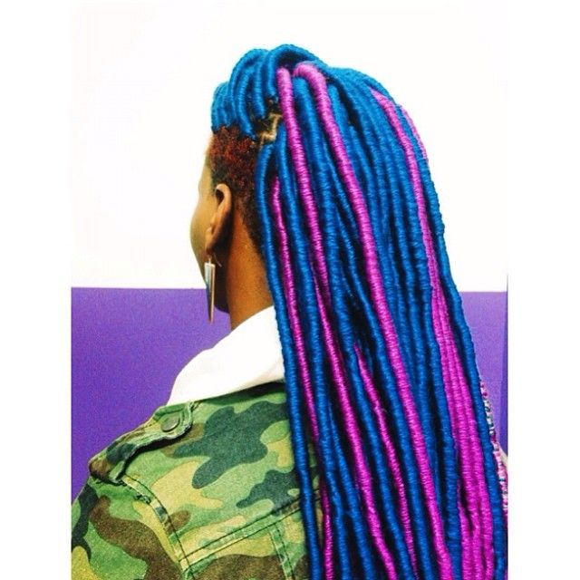 Beautiful Blue & Purple Yarn Dreads done with @africancreature . #yarnlocs #yarndreads #locs #protectivestyles #hairbysusy #naturalgirls #naturalhair