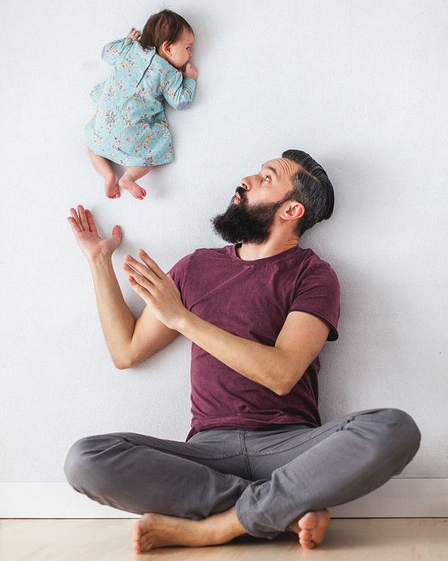 Waluda took the photos while Zawer and the baby posed, cleverly making it look like she's levitating!