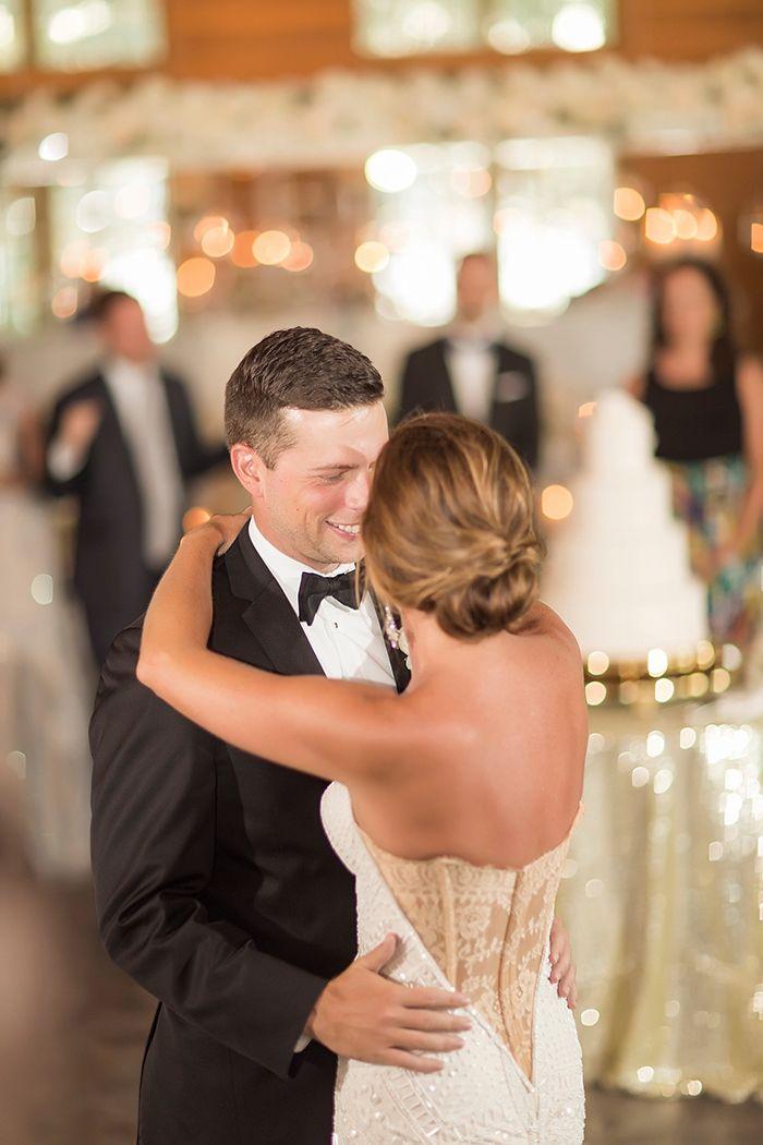 Emotional First Dance for a Stylish Southern Wedding    #wedding #weddingday #aislesociety #glam #luxewedding #weddingdress #bride #brideandgroom #firstdance