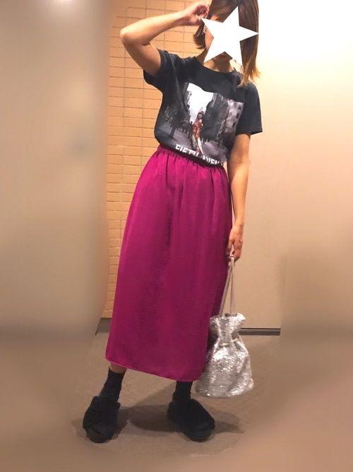 先日行ってきた黒柳徹子さんと田川啓二さんのSUTEKI!展で悩みに悩んで決めた徹子Tシャツ♡ と、