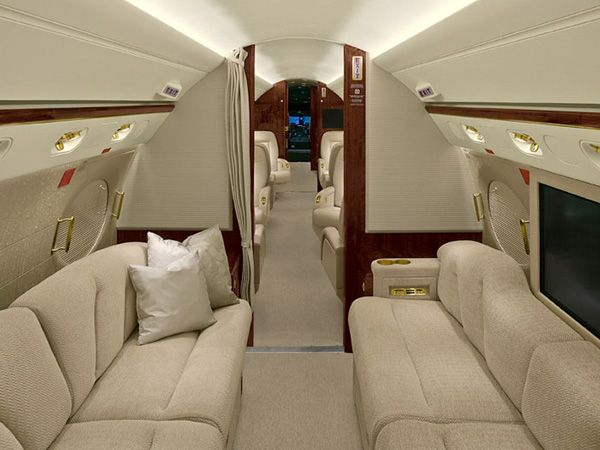 62 best private jets images on pinterest luxury jets for Gulfstream v bedroom