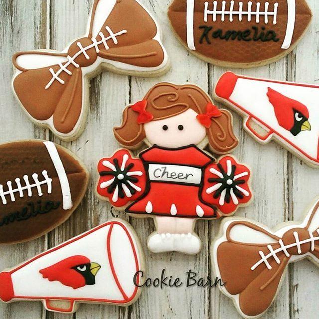 As Cardinal Cheerleader Baby Shower Cookies #cheerleader #football #arizona #tucson #tucsoncookiecompany #decoratedcookies #edibleart #babyshower #red #cardinals