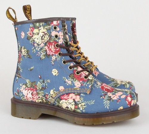 floral doc martens my style pinterest. Black Bedroom Furniture Sets. Home Design Ideas