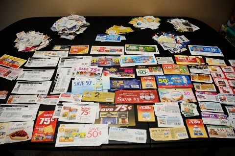 Canadian Coupon Database (Hundreds of coupons!) via MrsJanuary.com #coupons #extremecouponing