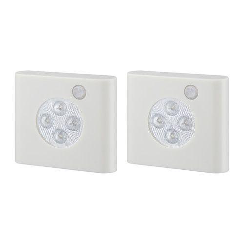 IKEA - OLEBY, ワードローブ照明 センサー付き, センサー付き。扉を開けると自動的に点灯し、閉めると自動的に消灯しますLEDを使用。白熱電球に比べ消費電力が少なく、約30倍の寿命があるため、取り替えの必要がありません