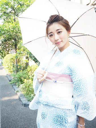 """ペールトーンで大人っぽく""""しっとり上品レディ"""" #浴衣 #yukata"""