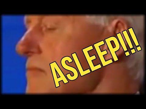 SHAMEFUL! BILL CLINTON SLEEPING DURING HILLARY'S DNC NOMINATION ACCEPTANCE SPEECH - YouTube