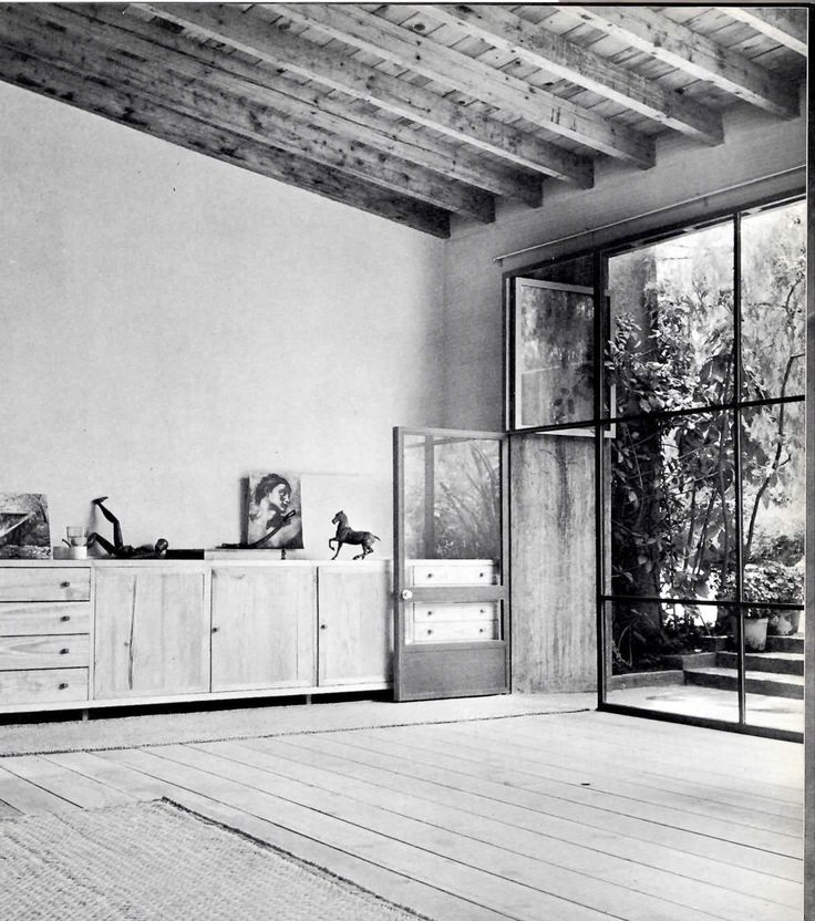 Luis Barragan - Mexico City - 1948 Such a timeless modern interior.