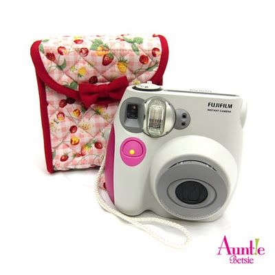 Toast Pouch $15 - suitable for you instax camera