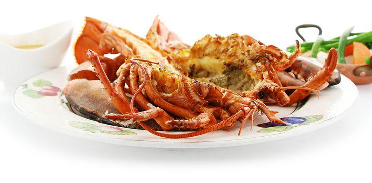 Homard Flambé au Cognac, Bouquetière de Légumes, Sauce Américaine, par Stéphane MANGIN, chef des restaurants parisien Au Petit Marguery ( 75013) et Au Petit Marguery Rive Droite (75017). Recette téléchargeable sur http://petitmarguery-rivegauche.com/images/docs/recettes/petitmarguery-2014-rp-quinzaine-gourmande-homard.pdf . #homard #lobster #recette #recipe #recettedechef #ChefRecipe #Quinzainegourmande #restopartner #aupetitmarguery #restaurantparis #maitrerestaurateur #paris #gastronomy