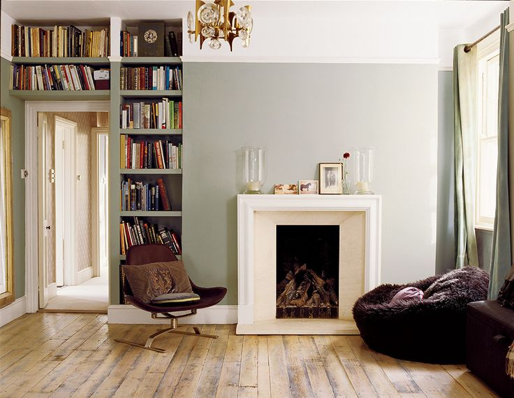 shelf as continuation of chimney breast - for over understairs access