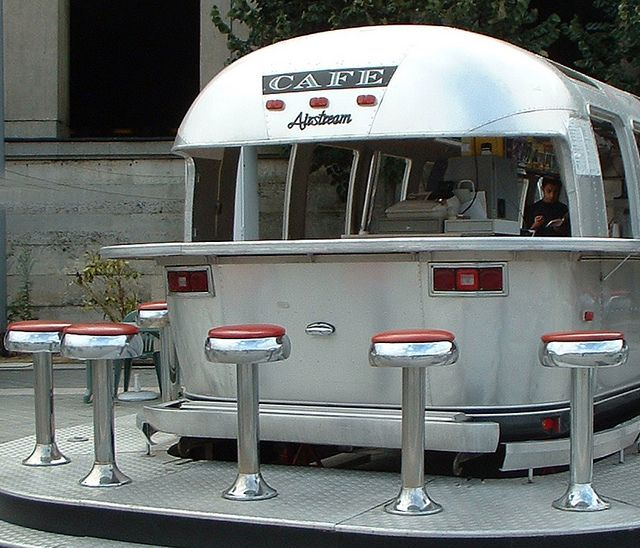 Airstream Cafe in Paris! What an great idea!