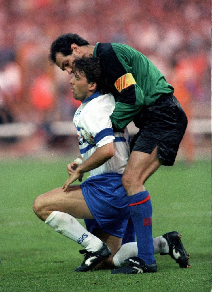 Roberto Mancini (Sampdoria) & Andoni Zubizarreta (Barcelona)