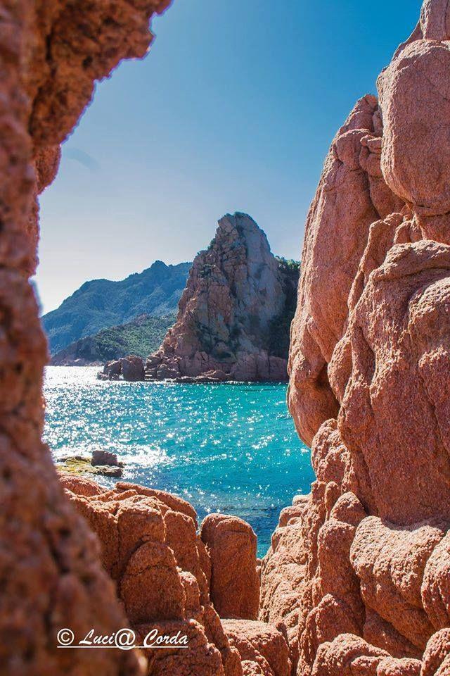 Sardegna-Una finestra sulla Marina di Gairo