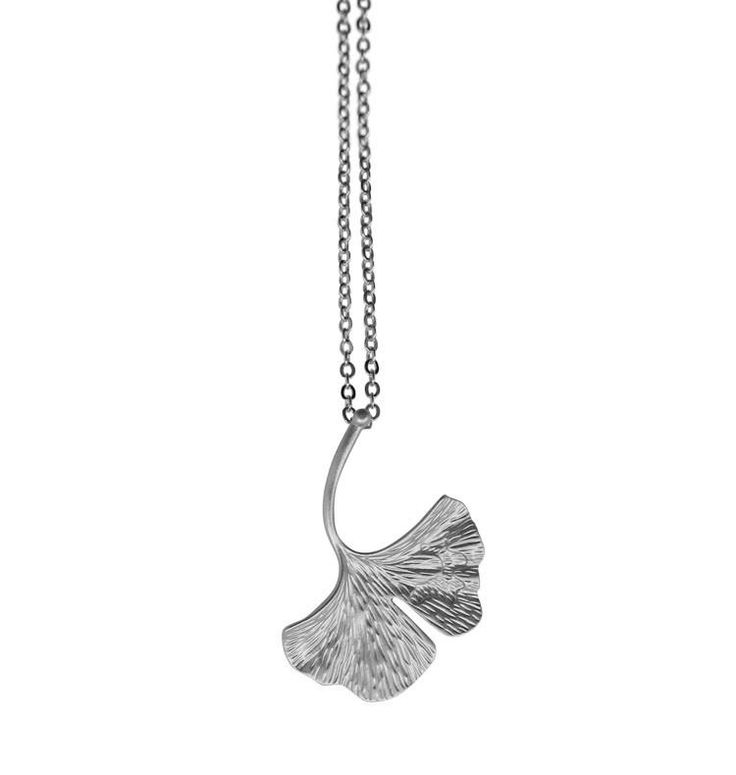 Halsband Ginko • silver #angelpearls #halsband #metall #massing #present #silver #ting #trend #wos